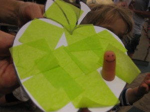 apple preschool story time craft
